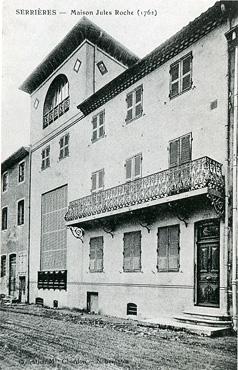 <em>La maison d'Albert et Juliette Gleizes à Serrières</em>, Ardèche <br /> (carte postale, vers 1920)